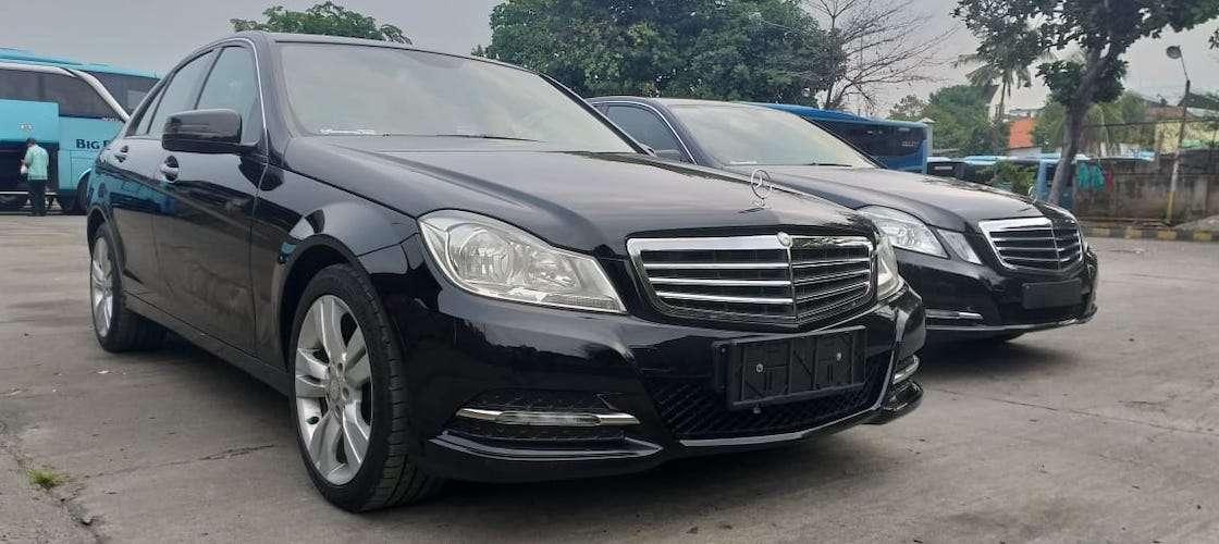 Beli Mercedes Benz Bekas Taksi Lebih Menguntungkan Mengapa