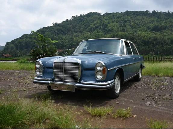 Mercy Kebo Mobil Antik Dan Langka Harganya Mulai Rp 87 Jutaan