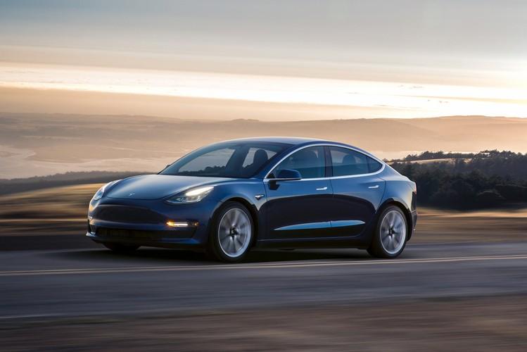 Tesla Model 3 Masuk Indonesia Ini Spesifikasi Lengkapnya